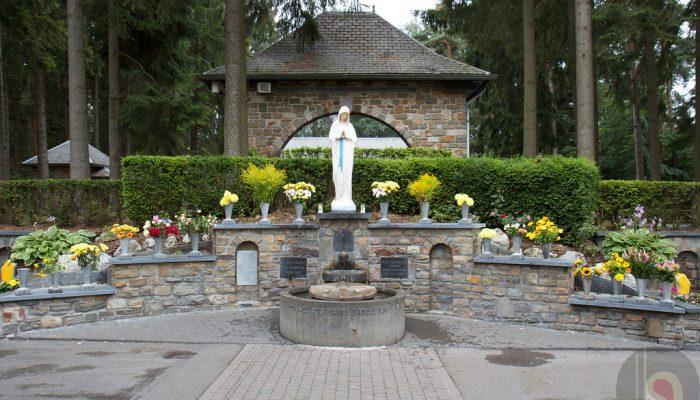 ec45767e4bae V sobotu 17. septembra pozývame všetkých veriacich na každoročnú púť do  Banneux pri príležitosti sviatku Sedembolesnej Panny Marie. Program 12 00 –  Modlitba ...